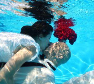 Bridal-Couple-at-Pool-Barn-Wedding-Venue-Catskills