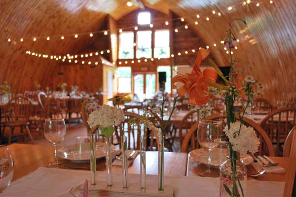 rustic barn wedding venue in the Catskills