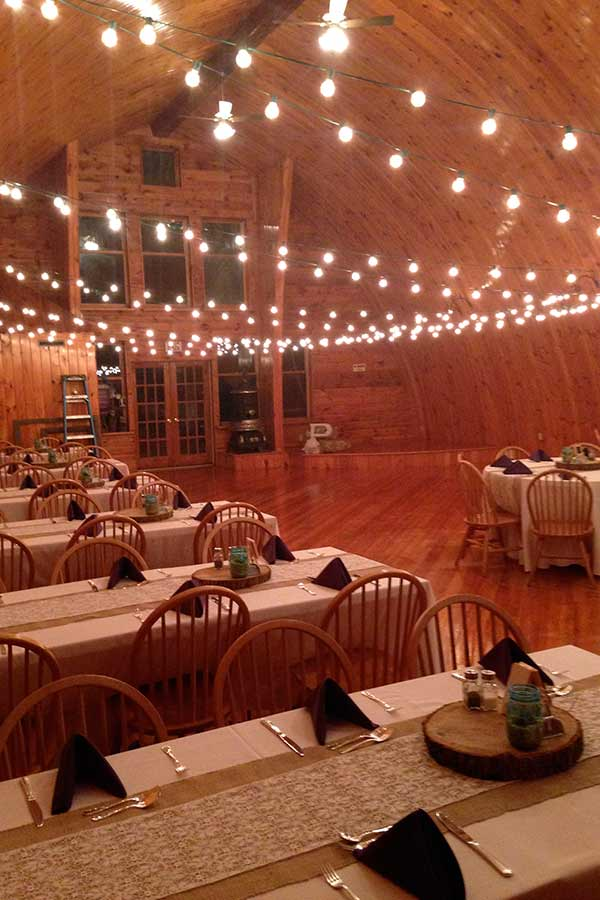 rustic-barn-wedding-venue-interior