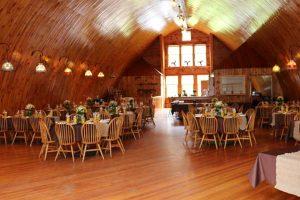 rustic-country-barn-wedding-venue